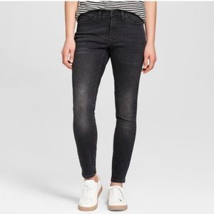 Marc By Marc Jacobs Louskinny Dark Jeans 27